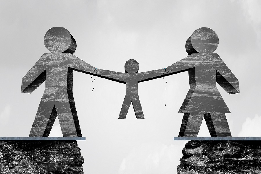 parents child custody divorce TS smaller - 關於兒童安排和移居海外的訪談